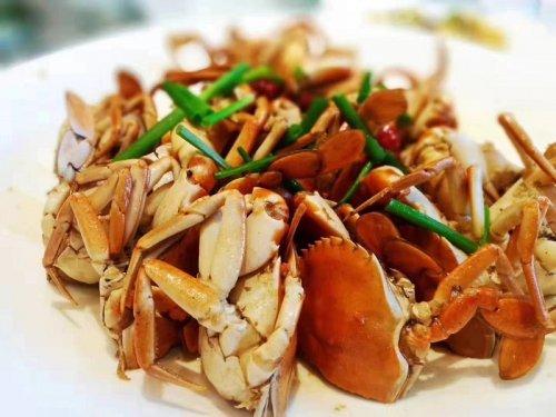 大闸蟹和青蟹哪个贵?