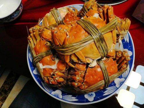 大闸蟹一次吃多少合适