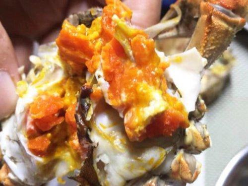 大闸蟹和桃子可以一起吃吗