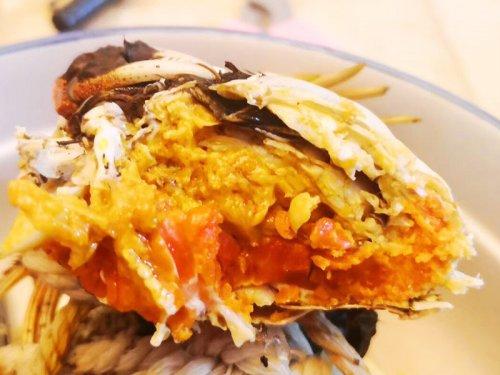 膏蟹和大闸蟹的区别