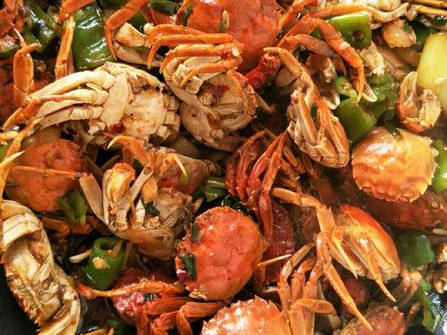 大闸蟹和胡萝卜可以一起吃吗