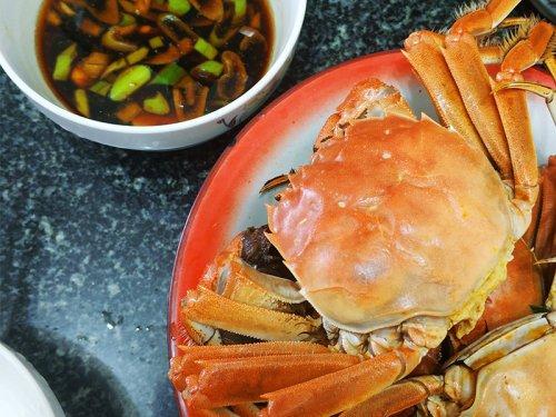 蒜和大闸蟹能一起吃吗