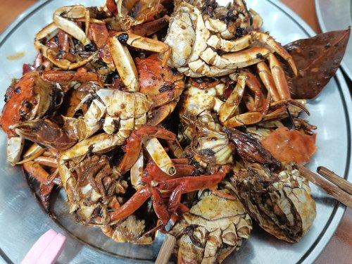 活螃蟹能放冰箱保存吗