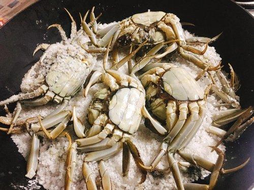 盐焗大闸蟹要焗多长时间