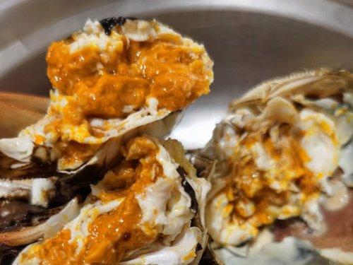 中秋吃螃蟹是哪里的传统习俗